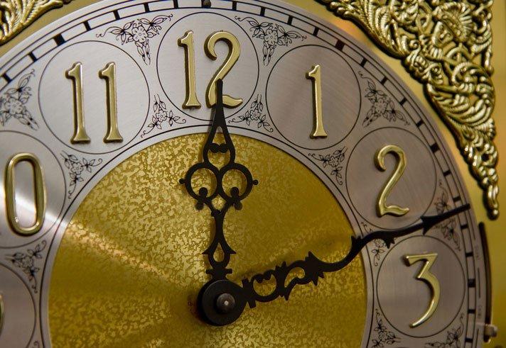 antique grandfather clocks - typical clock face